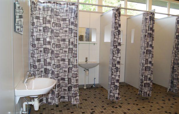 thuroe_strand_camping_toilet_bad